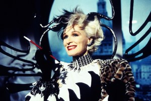 t-Glenn-Close-Cruella-de-Vil-Costumes